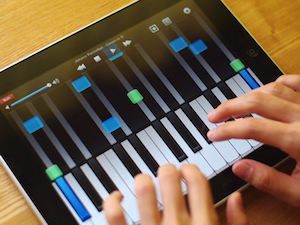 Ipad in Piano Lessons